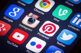 Sociale media kanalen spelling